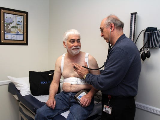 BRI 1224 Wearable defibrilator Presto ID: 77383126