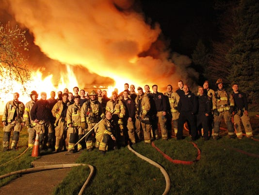 FRM recruiting firefighters