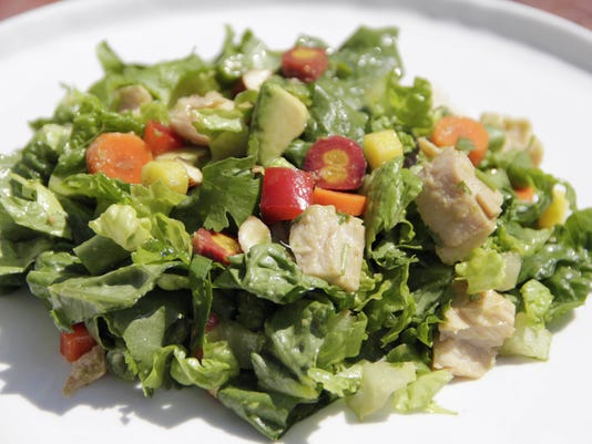 Food Healthy Plate Chopped Albacore Salad With Asian Dressing (2)