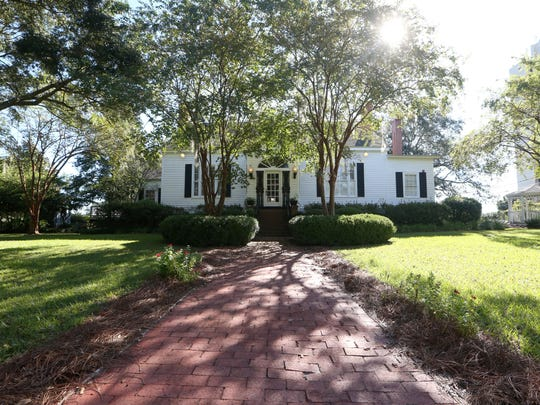 Tallahassee Garden Club is about to celebrate 90 years with an open house on Sunday. The club moved to the historic 1848 Rutgers House on North Calhoun Street in the 1950s.