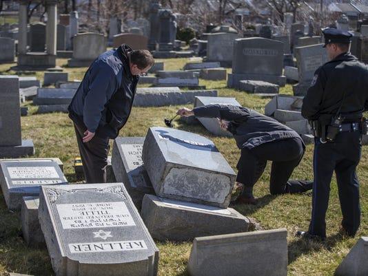 Jewish Cemetery Damage (3)