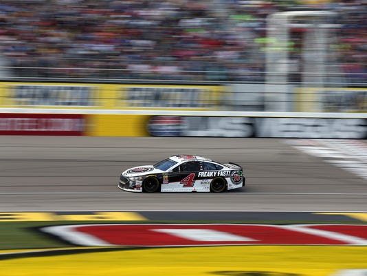 Kevin Harvick drives during a NASCAR Cup series auto race, Sunday, March 4, 2018, in Las Vegas. (AP Photo/Isaac Brekken)