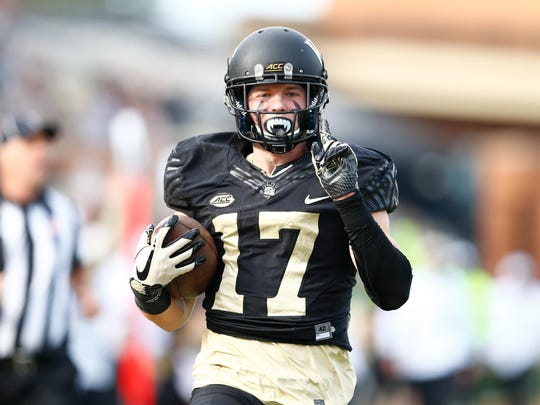 Former Oaks Christian star Alex Bachman, who played receiver at Wake Forest, signed with the Los Angeles Rams as an undrafted free agent.