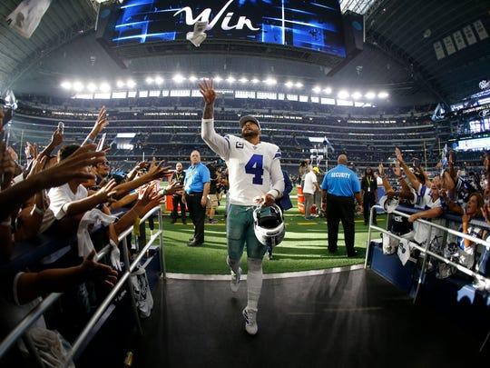 Giants_Cowboys_Football_14193.jpg