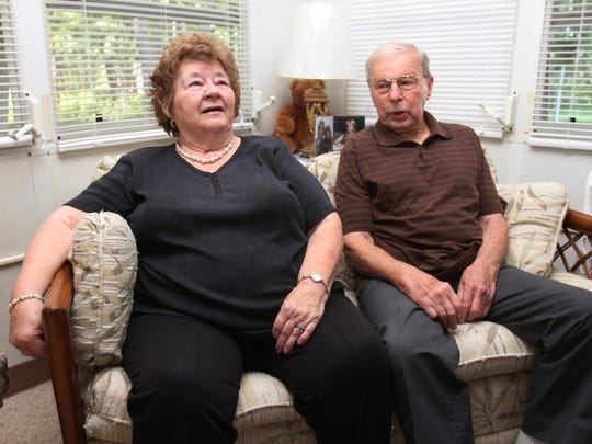 Doris Chapin and her husband, John, talk about items that were missing or damaged by movers during move from Virginia to their current home in Brick.