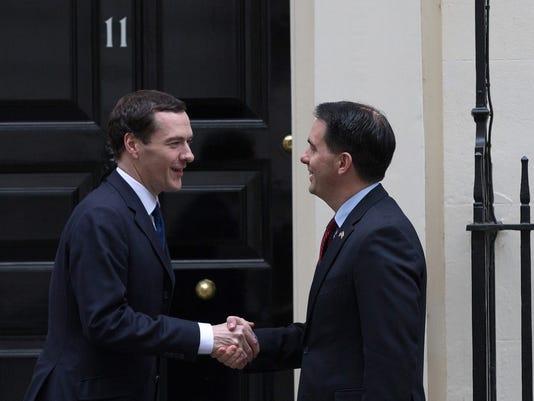 Britain Gov_Clau.jpg