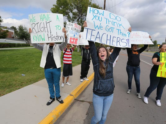 Student Protest US Hi_Thom-1.jpg