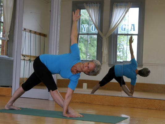 yoga1015e.jpg