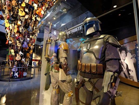 Star Wars Costumes (2)