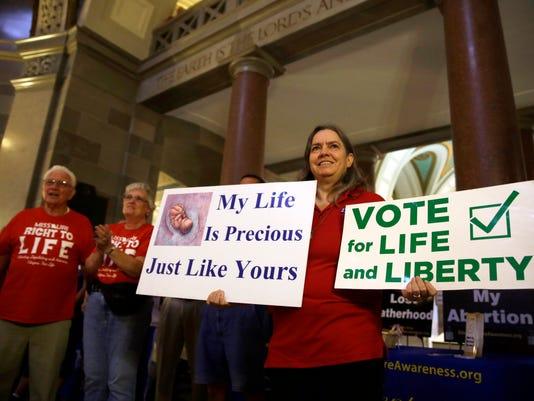 Abortion_Waiting_Period__dcurtis@news-leader.com_4.jpg