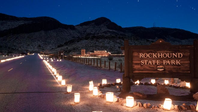 The twilight view of the entrance to Rockhound State Park during the Festival of Lights.