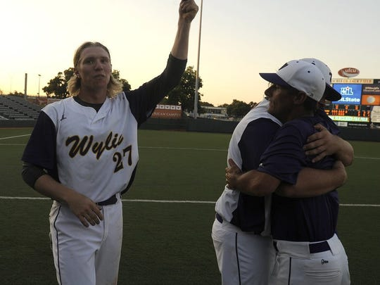 Thomas Metthe/Reporter-News Wylie's Mack Mueller (27) celebrates the Bulldogs' 3-2 win over Salado in the Class 4A baseball state championship game on Thursday, June 9, 2016, at Disch-Falk Field in Austin.