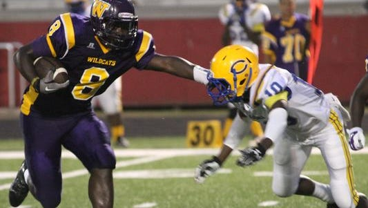 Wossman running back Ladarrius Thomas committed to Louisiana Tech on Saturday.