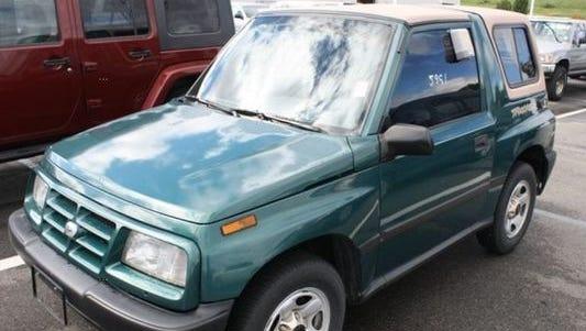 1997 Geo Tracker SUV