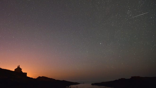 The annual Orionid meteor shower will reach its climax in the early hours of Wednesday morning.
