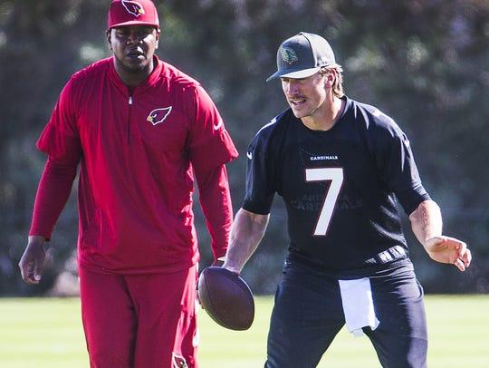 Blaine Gabbert works with Cardinals quarterbacks coach