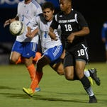 Eastern Florida's Abdoulaye Cisse controls the ball during Tuesday's game against Florida Memorial.