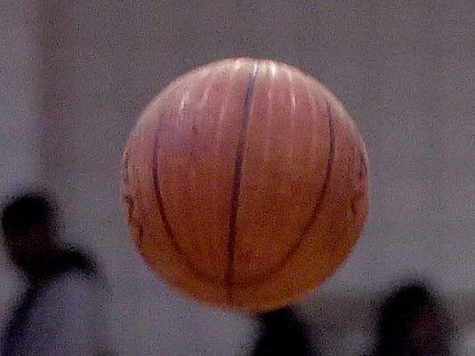 635611080127951869-basketball