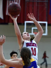 Reed's Jill Rovetti shoots against Reed during Tuesday's