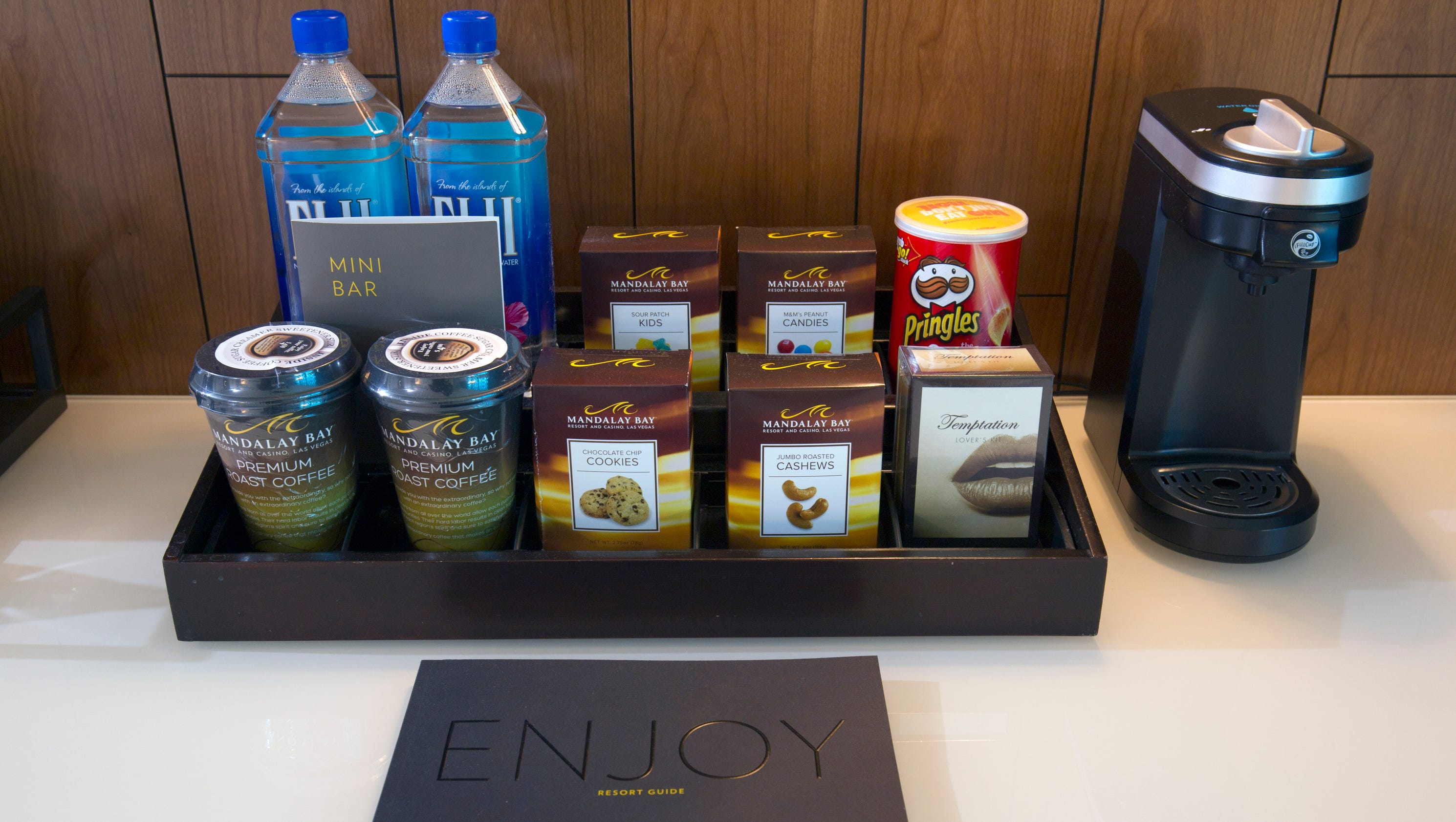 Before You Book Browse Las Vegas Hotels In Room Amenities