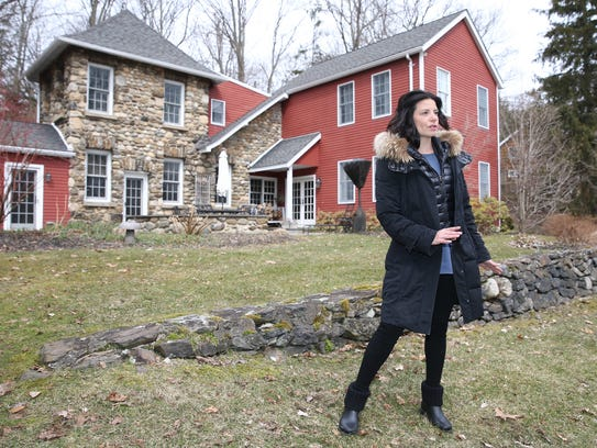 Stacey Oestreich, a licensed Realestate salesperson