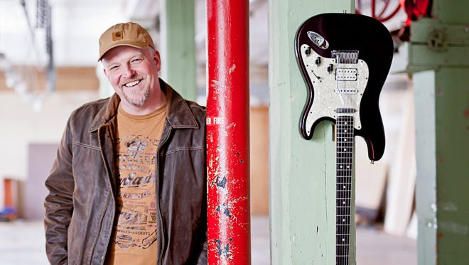 Albert Cummings will perform at Thelma on Friday, March 11.