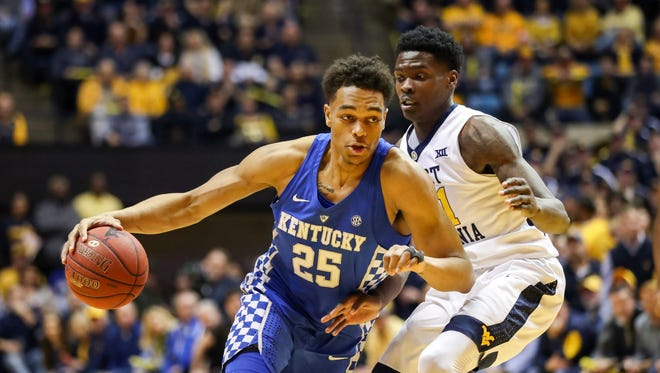 Kentucky Wildcats forward PJ Washington (25) drives down the lane during the first half against the West Virginia Mountaineers at WVU Coliseum in Morgantown, West Virginia, on Saturday, Jan. 27, 2018.