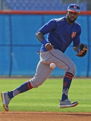 The Mets workout this morning.  Jose Reyes working