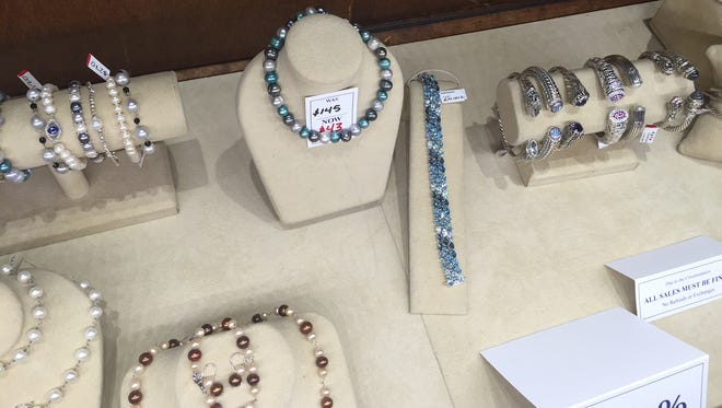 Consolidation sale at Mann's Jewelers