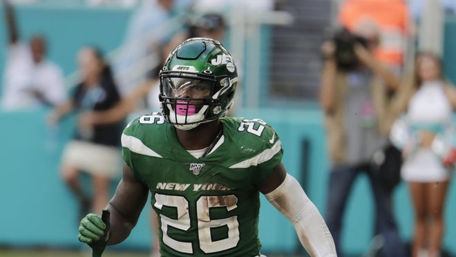 New York Jets running back Le'Veon Bell was held to 789 rushing yards in his first year with the team last and averaged only 3.2 yards per carry.