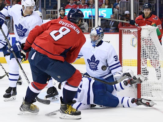 Maple_Leafs_Capitals_Hockey_74173.jpg
