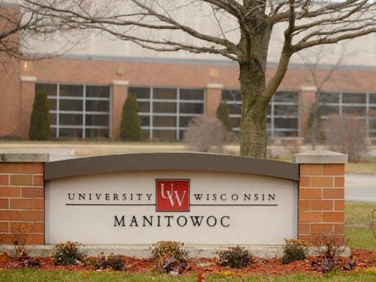 UW Manitowoc University sign building.jpg