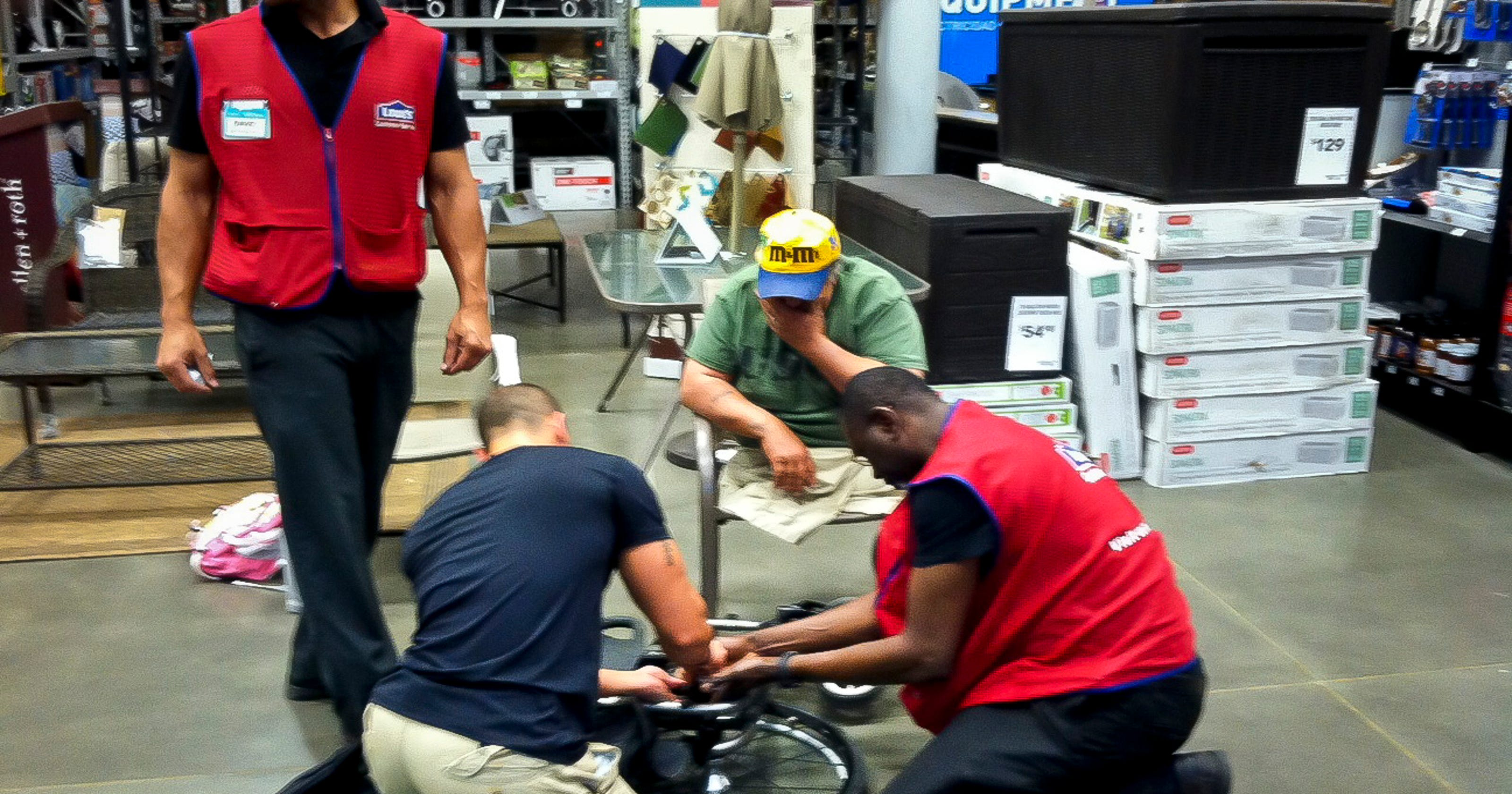 Lowe's workers fix vet's wheelchair
