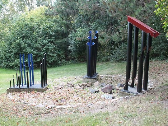 This sculpture by the world-renowned artist David Carr is located in Riley Park in Farmington.