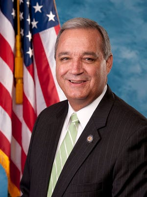 U.S. Rep. Jeff Miller has announced he will not seek reelection when his term expires at the end of the year.