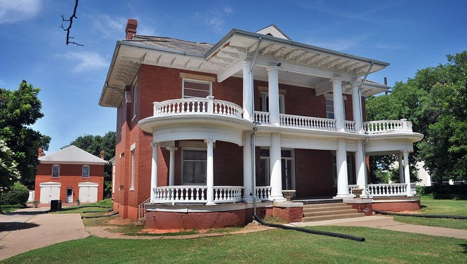 The historic Kell House in Wichita Falls becamea casualty of the winter storm after a water pipe burst early Tuesdaysending water flooding into the basement of the 112-year-old home that is now a museum.