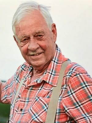 Myron Finch, 74