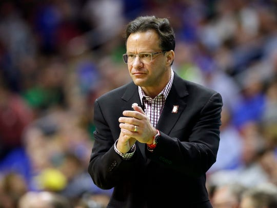 A more mellow Tom Crean has the Hoosiers back in the Sweet 16.