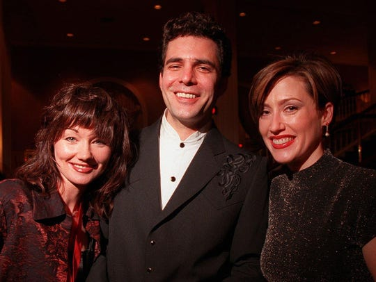 Lari White, left, in 1996, with Chuck Cannon and Jerri