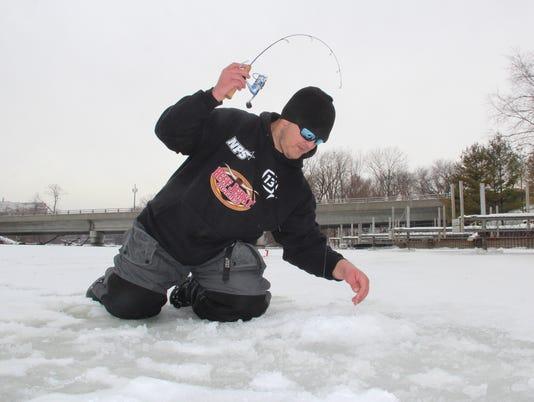 636181187015591593-Trout-ice-fishing-1.jpg