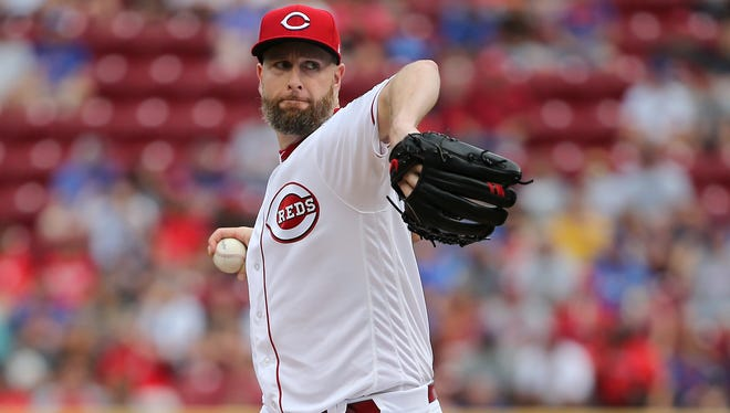 Cincinnati Reds starting pitcher Scott Feldman (37) delivers to the plate in the first inning during the National League baseball game between the Chicago Cubs and the Cincinnati Reds on June 30, 2017 at Great American Ball Park.