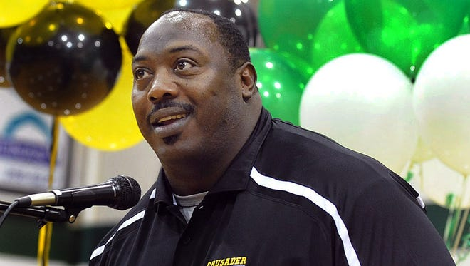 Former Clemson and NFL star Levon Kirkland, the outside linebackers coach for the Arizona Cardinals, will be in the Upstate later this week in support of the Carolina High football program.