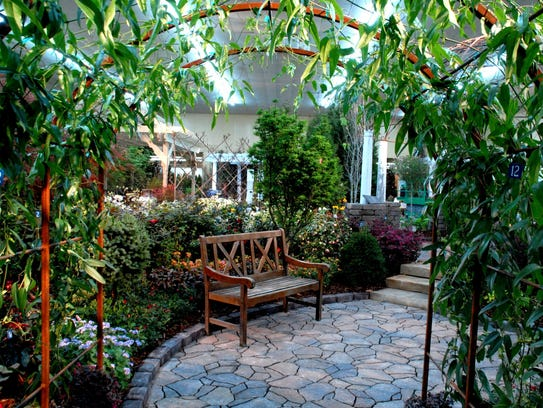 Arbors, patios and other design ideas by Middle Tennessee