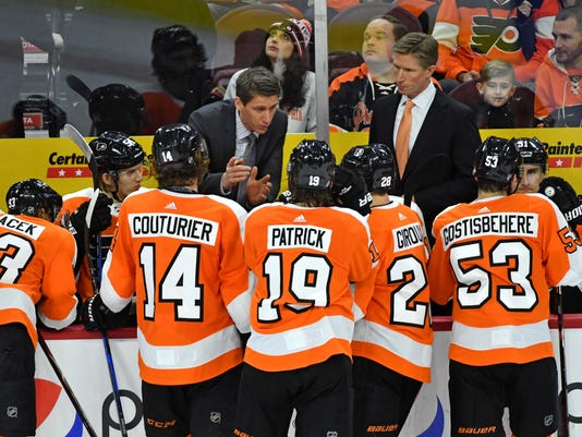 NHL: Carolina Hurricanes at Philadelphia Flyers