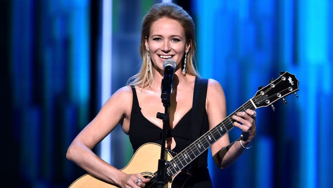 At the Comedy Central Roast of Rob Lowe, Jewel had jokes! The show taped Aug. 27 and aired Labor Day.