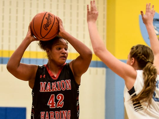 Marion Harding's Zarreah Smith looks to make a pass against River Valley last season.