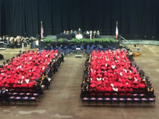 636314213611305885-mhCRWash-graduation-wide-5.25.17-771x244.jpg