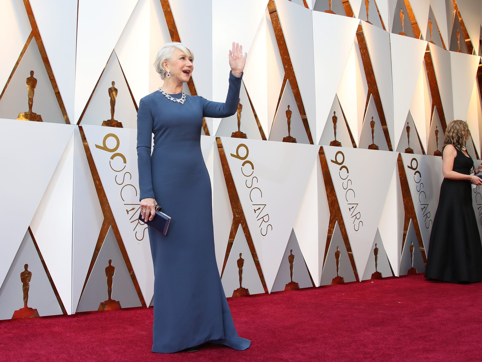 Helen Mirren arrives at the 90th Academy Awards.
