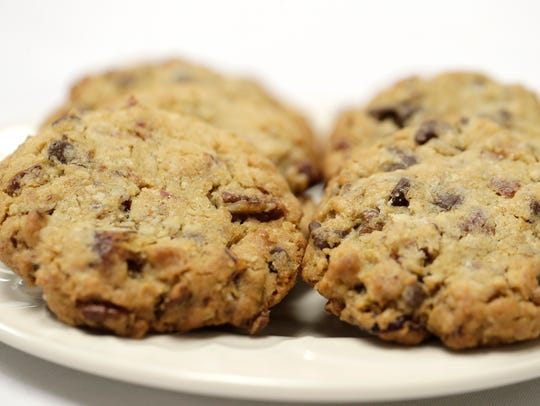 Choco-Date-Chewy Cookies