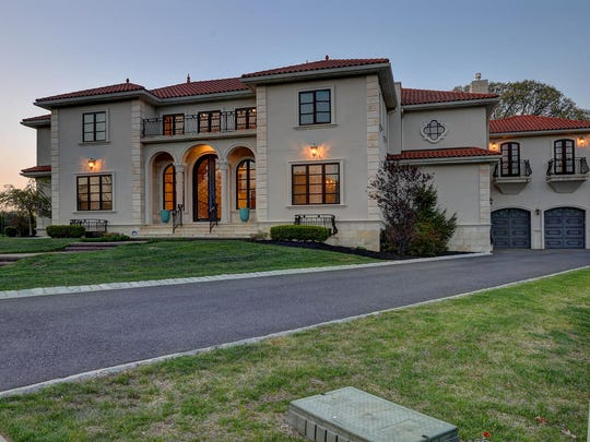 This Eatontown mansion costs $1.4 million.